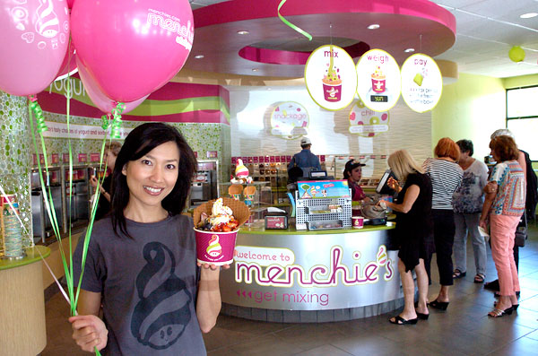 Menchie's froyo franchise is focused on smiles.